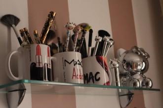 Canecas MAC Inspired by Sacoleiros de Luxo