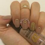 Esmalte da Semana: Nude com dourado