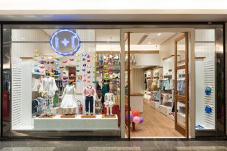 Loja de moda infantil 1+1 inaugura primeira unidade em Brasília